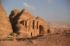 #ExpediaThePlanetD then it's time for famous Petra, a must see in Jordan!