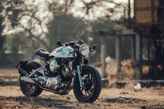 I can't help it, but we got a submission of another awesome Yamaha Virago. And just like Bal Deo'sViragoI've posted lastweek, it's an XV750. It's not on purpose, it's just how they roll in. This bike is built by the Oran, owner of Buriam Siammotor, a motorcycle dealer in Buriram. This mid-sized town which located …