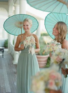 Featured in the Summer 2013 Issue of Charleston Weddings Magazine. Liz Banfield Photography. Event Design by @Tara Harmon Guerard at The Ocean Course of Kiawah Island.