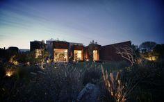 Vargas House / Isaac Broid Arquitecto