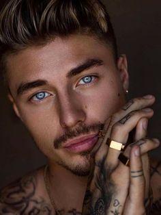 Beautiful Men Faces, Gorgeous Eyes, Pretty Eyes, Man Photography, Portrait Photography Poses, Portraits, Greek Male Models, Johnny Edlind, Greek Men