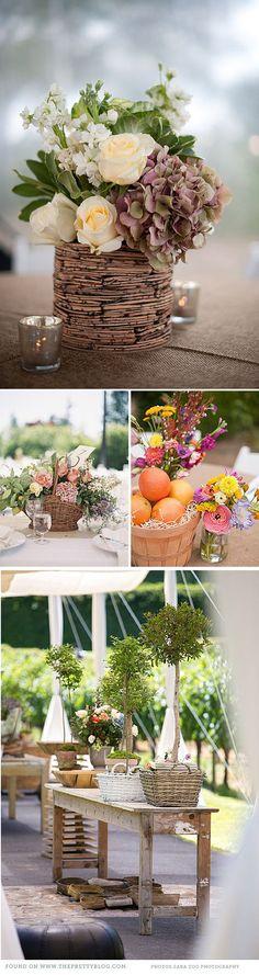 Arreglos florales boda con cestas de mimbre