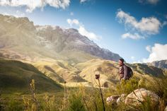 From leisurely rambles to invigorating coastal and mountain hikes, Cape Town abounds with magnificent hiking trails. These are the best hikes in Cape Town. Rock Painting Supplies, Rock Painting Ideas Easy, Alone Photography, Hiking Photography, Hiking Dogs, Hiking Trails, Hiking With Kids, Painted Rocks Kids, Spain Travel