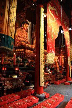 Jade Buddha Temple, Shanghai, China | Jari Kurittu