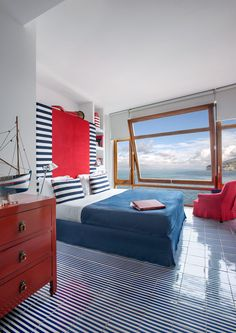 Perched precariously on the cliffs of Sorrento along the Amalfi Coast, Maison La Minervetta hotel showcases spectacular sea views. Boutique Hotels, Design Hotel, Sorrento Hotel, Sorrento Italy, Nantucket, Honeymoon Hotels, Honeymoon Ideas, Lobster House, Les Hamptons