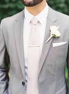 18 Eye-popping Grey Groom Suits in Style. wedding groom attire 18 Eye-popping Grey Groom Suits in Style Groom And Groomsmen Attire, Bridesmaids And Groomsmen, Groom Suits, Gray Groomsmen Suits, Grey Suit Groom, Wedding Groom Attire, Vintage Groomsmen, Grey Suit Blue Tie, Gray Tuxedo