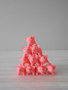 // miniature little pink pigs // piggy by simplychi