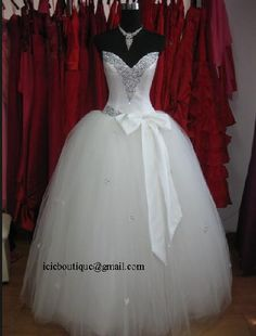 Want to try on a Panina wedding gown!!!!