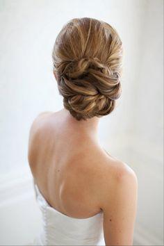Bride's hair! / Janelle Sotelo Wedding Planner