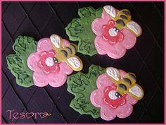 Love these bee & flower #cookies