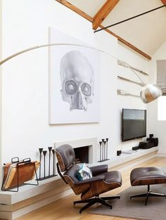 The Eames Lounge Chair and Ottoman - nothing says mid-century modern design with timeless appeal quite like it. Lounge Chair, Chair And Ottoman, Living Room Chairs, Living Room Decor, Living Rooms, Dining Chairs, Masculine Apartment, Modern Furniture, Furniture Design