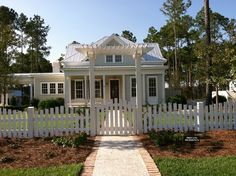 The Eden Plan by Allison Ramsey Architects built at Palmetto Bluff in Bluffton, South Carolina. This plan is 2461 Heated Square Feet, 4 Bedrooms and 3 Bathrooms. Carolina Inspirations Book I, Page 4, C0231