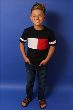 Model, Actor & Casting Agency, representing Models, Actors & Children for fashion & commerical photography, TV & Films. Frock Patterns, Kids Dress Patterns, Young Cute Boys, Cute Teenage Boys, Boys Jeans, Boys T Shirts, Boy Fashion, Fashion Models, Teenager Mode