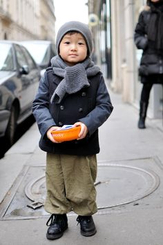cutest gray scarf ever!