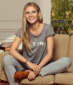 Gwyneth Paltrow wears the Salva Boots in tan. Fashion Photo, Fashion Models, Fashion Styles, Renaissance Dresses, Comfortable Boots, Gwyneth Paltrow, Photos Of Women, Fashion Company, Amazing Women