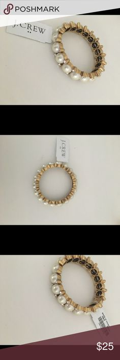 JCREW pearl bracelet. Gold. New. Never used. Pearl bracelet. New. Never used. J. Crew Jewelry Bracelets