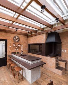 Área de Lazer com Churrasqueira: 15 Ideias para se Inspirar e Montar a Sua! Home Design Decor, Home Decor, Design Ideas, Backyard Patio Designs, Outdoor Kitchen Design, Cuisines Design, Exterior Design, House Plans, Pergola