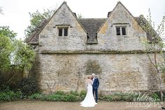 Covering weddings in & around Gloucestershire, London, Oxfordshire & the whole UK. Wedding Photos, London, Weddings, House Styles, Building, Cover, Travel, Marriage Pictures, Viajes