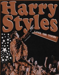 Harry Styles Poster, Harry Styles Live, Harry Styles Pictures, Bedroom Wall Collage, Photo Wall Collage, Foto Poster, Poster Wall, Murs Beiges, One Direction Posters