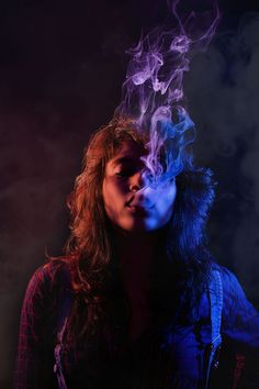 Smoke photography ideas - With the knowledge where to purchase smoke bombs for photography you won't ever be boring again. Smoke photography is extre. Photography Gels, Colour Gel Photography, Photography Projects, Artistic Photography, Creative Photography, Portrait Photography, Creative Studio, Rauch Fotografie, Kreative Portraits
