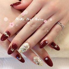 Christmas Nail Designs, Christmas Nails, Cute Nails, My Nails, Almond Nails, Nail Arts, Winter Nails, Bridal Looks, Nails Inspiration