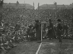 1928 Highbury #Arsenal #AFC v Aston Villa . . #football #casuals #casuallife #casualscene #casualclobber #casualscene #casuallook #casualattire #casuallife #casualwear #footballcasuals #awaydays #thebeautifulgame #terraceculture #instagram #l4l #picoftheday #followforfollow #igers #awaydays #oldschoolfootball #dressers #casuallyobsessed #casualscene #hooligans #againstmodernfootball #thosewerethedays #instafootball