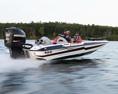 New 2012 Bass Cat Boats Cougar FTD Bass Boat - Great Design and Style.