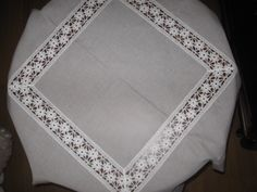 Tablecloth lacework & linen