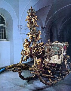 King Ludwig II's Cherub sleigh at Linderhof, Germany; 10/77
