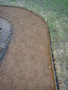 How to put in a crushed granite path