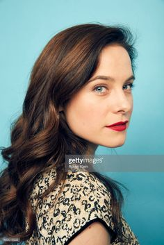 Caroline Dhavernas, Awesome Hair, Simple Living, Art Reference, Cool Hairstyles, Crushes, Hair Makeup, Boards, Faces