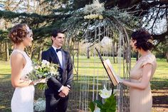 vintage inspired outdoor ceremony | Image by Authentic Love Photography