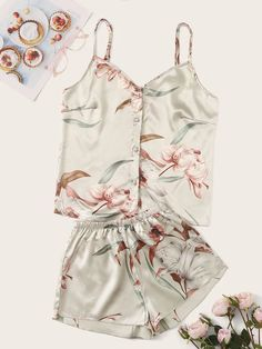 To find out about the Floral Print Satin Cami Pajama Set at SHEIN, part of our latest Night Sets ready to shop online today! Cute Sleepwear, Sleepwear Women, Pajamas Women, Lingerie Sleepwear, Nightwear, Cute Pajama Sets, Cute Pjs, Cute Pajamas, Summer Pajamas