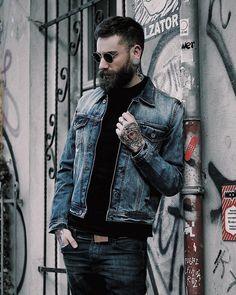 "335 mentions J'aime, 3 commentaires - ✖✖ Beard Styles Menn✖✖ (@beardstylesmenn) sur Instagram: ""Tag and Mention @hairstylesmenn for shoutout in Beardstylesmenn and Hairstylesmenn…"""