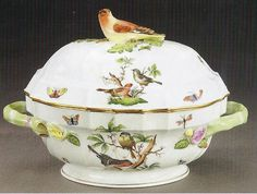 Herend Porcelain Soup Tureen Rothchild Bird Pattern Herend China, Antique Glassware, China Painting, Antique China, Fine Porcelain, China Dinnerware, Fine China, Tea Pots, Pottery