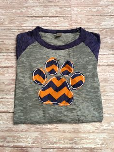 Auburn Tiger Raggedy Paw T-shirt with Appliquéd Chevron Paw on Etsy, $32.50