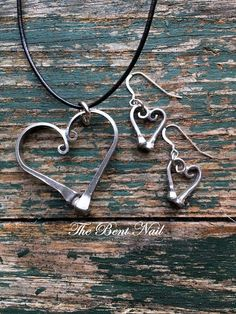 Horseshoe Nail Heart Jewelry Set