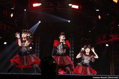 Babymetal at Tokyo Dome Black Night 2016-09-20 (2048×1365)