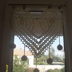 Rideau en forme de coeurs au crochet fait main | CROCHET CURTAIN ...