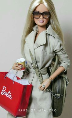 Barbie is shopping