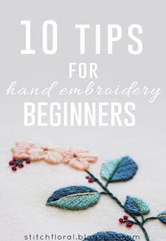 hand embroidery stitches tutorial step by step Hand Embroidery Patterns Flowers, Embroidery Stitches Tutorial, Simple Embroidery, Embroidery Needles, Learn Embroidery, Embroidery Ideas, Modern Embroidery, Embroidery Techniques, Knitting Stitches