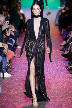 See the complete Elie Saab Spring 2017 Ready-to-Wear collection.
