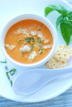 This luscious, slightly smoky Creamy Roasted Red Bell Pepper & Basil Pesto Soup is wonderful served warm or chilled, and it takes only five minutes to make! Roasted Red Pepper Soup, Basil Pesto, Red Peppers, Soups And Stews, Food Inspiration, Low Carb Recipes, Curry, Sisters, Amp