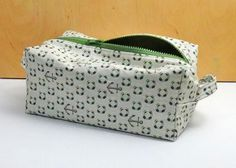 Looking for your next project? You're going to love 1-Hour Dopp Kit Tutorial by designer CraftsyBlog.