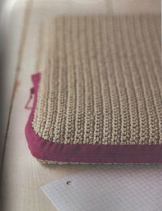 Ravelry: Laptop Cover pattern by Erika Knight