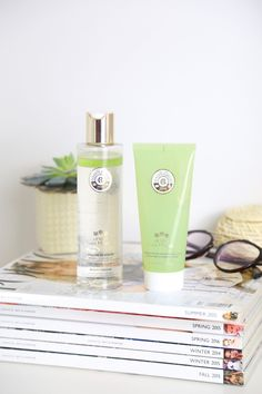 First Impressions on Roger and Gallet Aura Mirabilis Skincare using the Aura Mirabilis Beauty Vinegar and Extra - Fine Cleansing Mask. 100% Natural Base for
