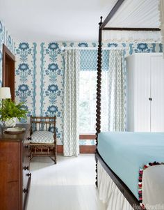 Exploring the classic color combination of blue and white - 10 blue and white rooms you'll love