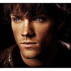 Supernatural - Sam Winchester Papel de Parede no Baixaki ❤ liked on Polyvore featuring supernatural, people and men