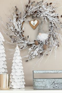 Simple Valentine's Day decorating ideas. Easy ways to transition from winter dec… Simple Valentine's Day decorating ideas. Easy ways to transition from winter decor. Valentines Day Tablescapes, Valentines Day Party, Valentine Day Love, Valentines Day Decorations, Christmas Decorations, Winter Home Decor, Sign Design, Christmas Fun, Diy And Crafts
