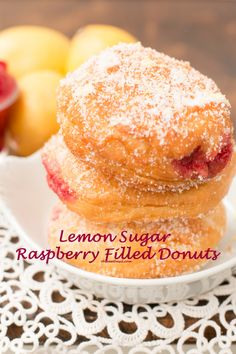 Dulce de Leche Churro Donuts - Oh Sweet Basil Beignets, Scones, Just Desserts, Dessert Recipes, Brunch Recipes, Cake Recipes, Yummy Treats, Yummy Food, Muffins